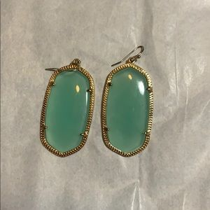 kendra scott danelle earrings